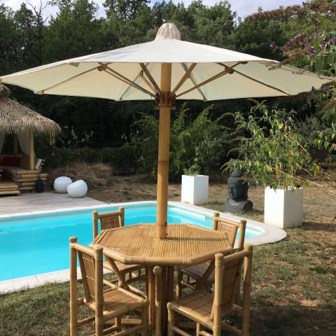 Table Parasol GILI en bambou -pratique et exotique - HYDILE