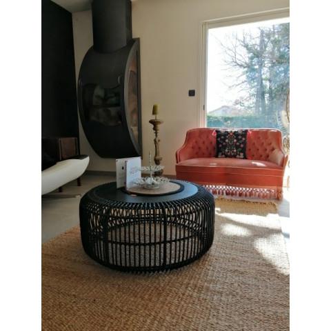 Table basse en rotin et bois de teck, c'est la table Emma de chez Hydile, hyper tendance et moderne - HYDILE