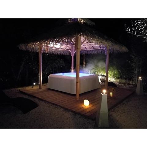 Abri spa bambou - abri spa extérieur - abri jacuzzi - abri spa - gazebo bambou - pergola bambou